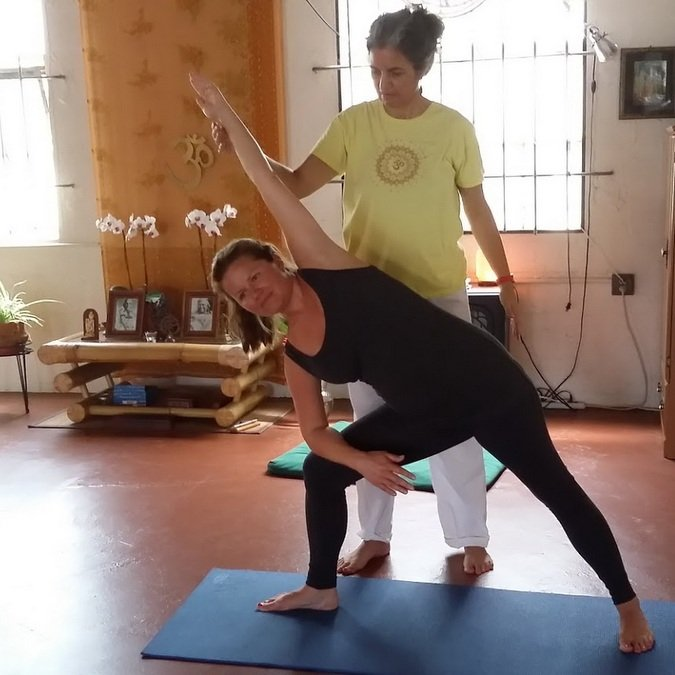 """<div style=""""line-height: 1.3; color: #ffffff; font-family: catamaran;"""">PRIVATE YOGA INSTRUCTION SUMMER SPECIAL</div>"""